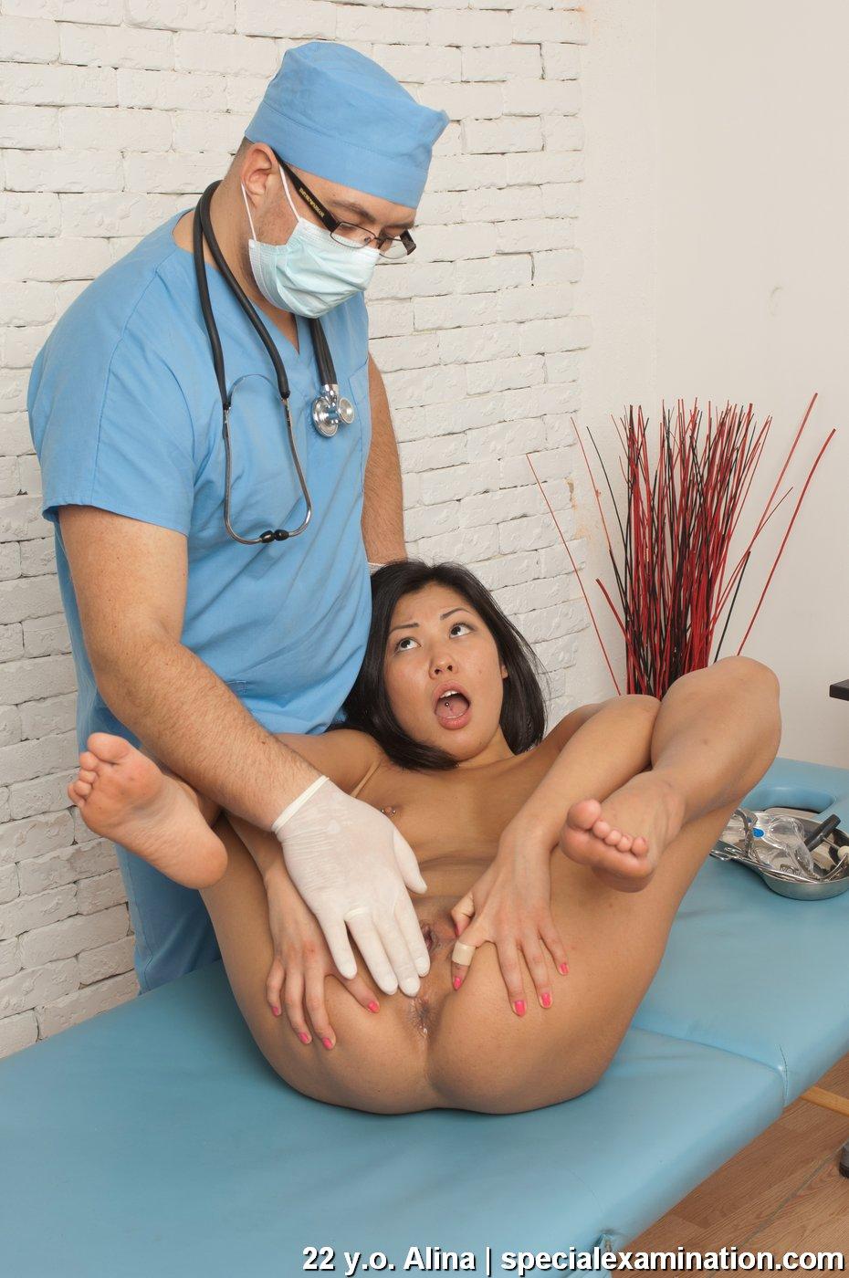 китайский гинеколог снял клиентку для такого