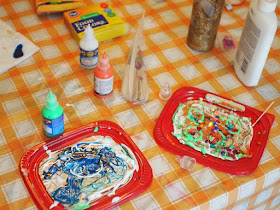 How to make Sparkly Peel and Stick Window Clings with Kids- Fun Art Project