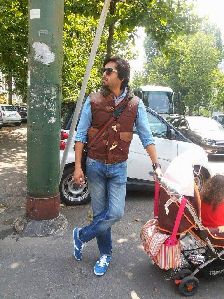 Fahad Mustafa Enjoying Summer Holidays In Spain With