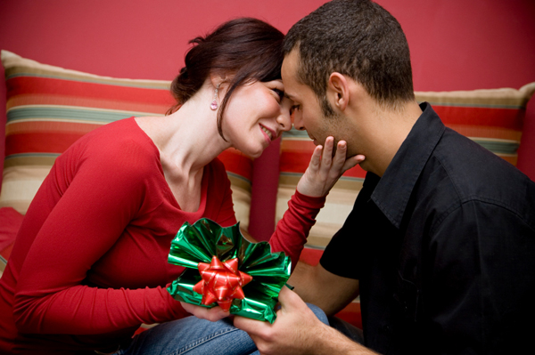 sevgiliye yıldönümü hediyesi