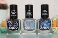 http://www.crystaliciousss.blogspot.nl/2015/01/anny-glittery-new-year-review-giveaway.html