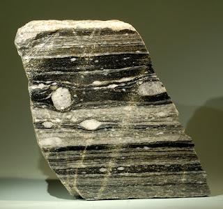 Batuan Sedimen dan Metamorf Pembentuk Kerak Bumi