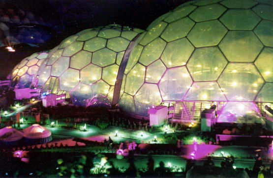 The Eden Project at Night   geographorguk   225026 EDEN PROJECT : Proyek Pembangunan Taman Surga Dunia