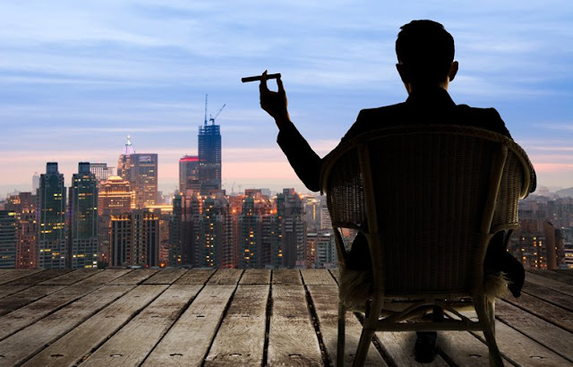 Πέντε συμβουλές για να γίνετε πλούσιοι από το μηδέν