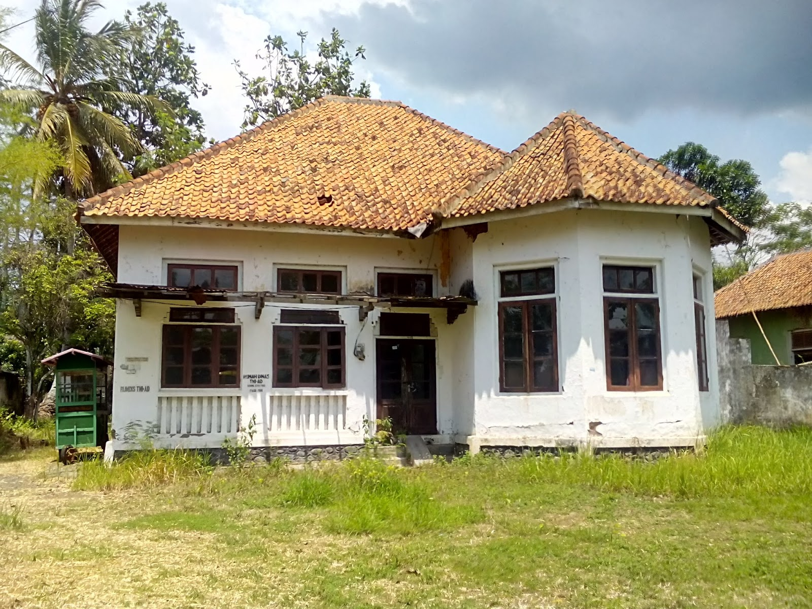 Rumah rumah bergaya kolonial dari berbagai penjuru