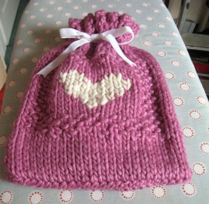 Pierina S Snuggly Hot Water Bottle Cover Christmas Tutorial No 12
