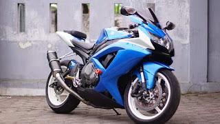 Dijual Suzuki GSX 600 R Harga Moncrots