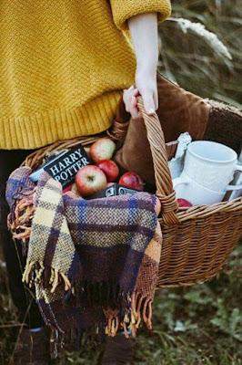 Create an Unforgettable Fall Picnic