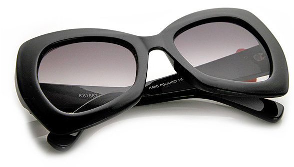 http://www.shopflyjane.com/collections/accessories/products/charlies-charm-cat-eye-sunglasses