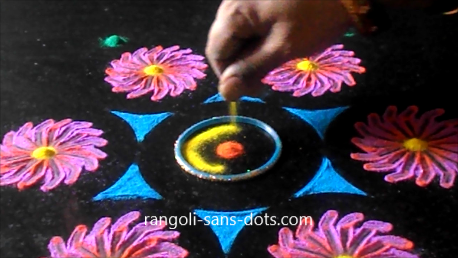 rangoli-designs-with-bangles-buds-122af.png