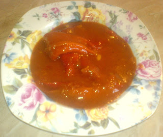 ardei cu sos, mancare de post, retete de post, ardei kapia in sos de rosii, retete culinare,