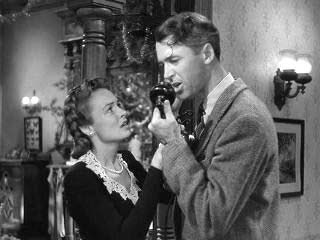 Jimmy Stewart Donna Reed Its a Wonderful Life 1946 movieloversreviews.filminspector.com