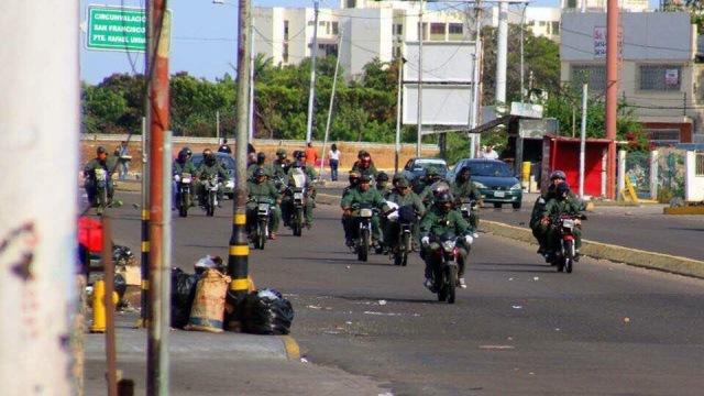 Pablo Pérez pide investigación sobre colectivos uniformados de guardias nacionales