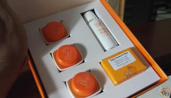 Review Deeja Cosmetic - 5 Dalam Satu