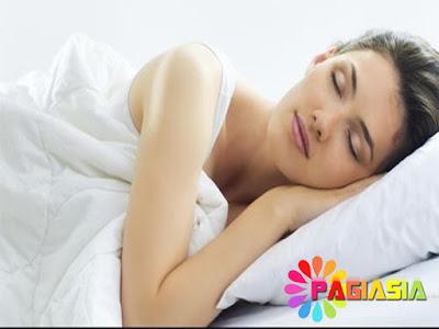 Reaksi Kimia pada Otak di Balik Rasa Haus Menjelang Tidur