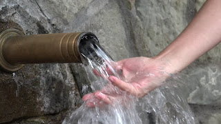 JBHomemade Sugaring is made with Mountain Spring Water
