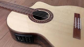 Guitarra española Martínez MFGRSCEF