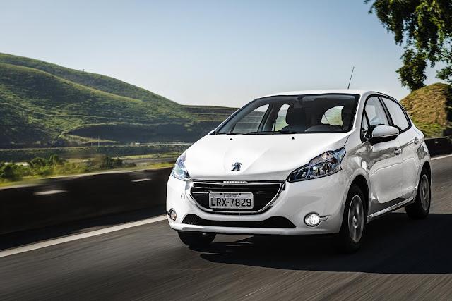 Novo Peugeot 208 2015