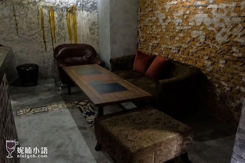【東區美食】衣櫥餐酒館。創意歐風古堡酒吧