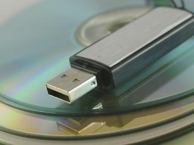 Cara menampilkan file yang disembunyikan virus di flashdisk menggunakan CMD