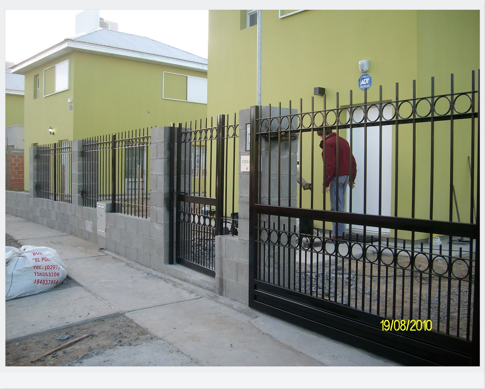 Metalurgica bacigaluppe cercos - Fiche de poste vendeuse pret a porter ...