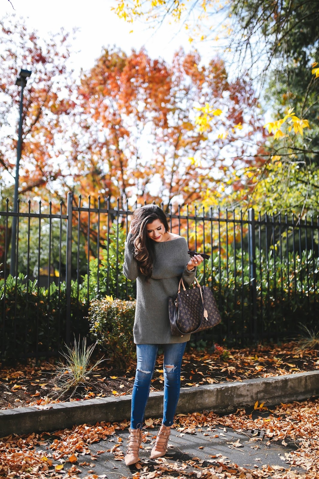 Fall Must Have: Off The Shoulder Sweater – The Sweetest Thing