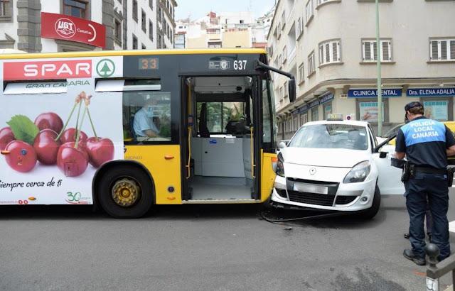 Cinco heridos accidente guagua y taxi, Las palmas Gran Canaria