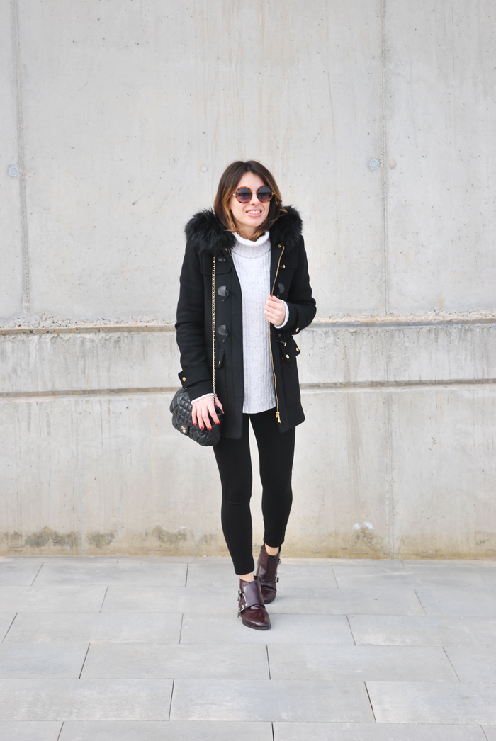 black-white-cozy-look