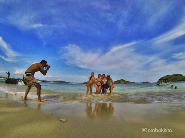 Pantai dibawah bukit Merese Lombok