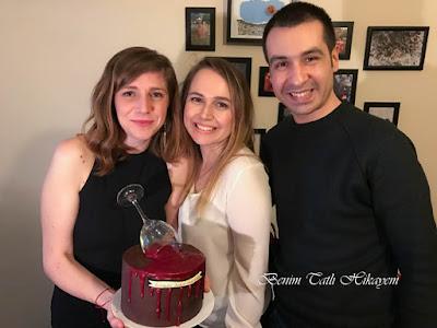 en yakın arkadaşa veda pastası