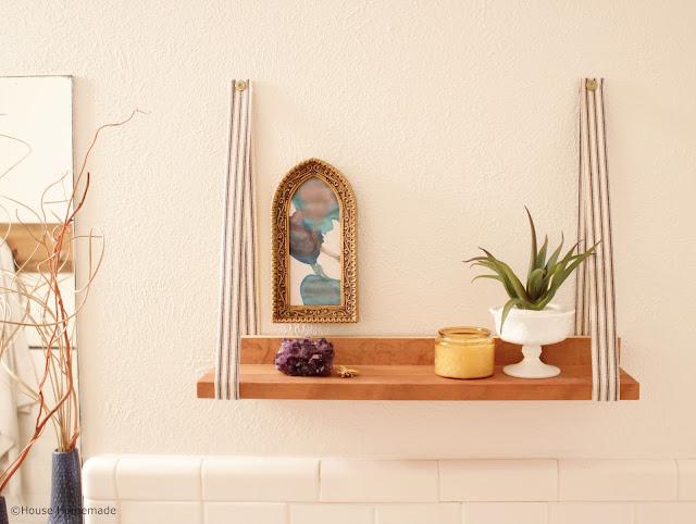 Fabric hanging shelf  tutorial | House Homemade