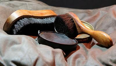 Cum intretii corect incaltamintea de piele