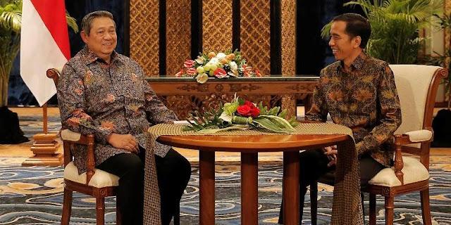 Presiden ke-6 Susilo Bambang Yudhoyono dan Presiden Joko Widodo melakukan pertemuan empat mata membahas proses transisi kepemimpinan, di Laguna Resort and Spa, Nusa Dua, Bali, Rabu (27/8) malam.