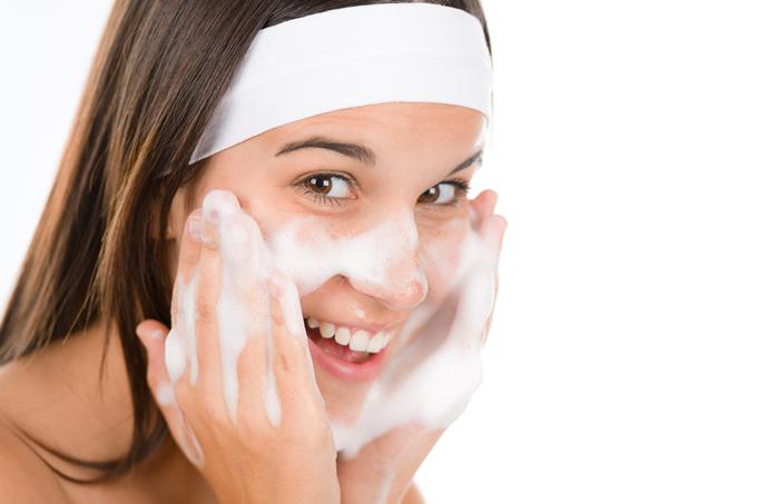 別用熱水洗臉