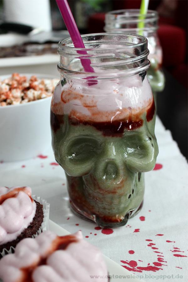 Veganer Zombie Frappuccino www.eatsewsleep.blogspot.de