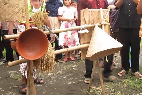 Seni Budaya Begalan Dari Banyumas Jawa Tengah