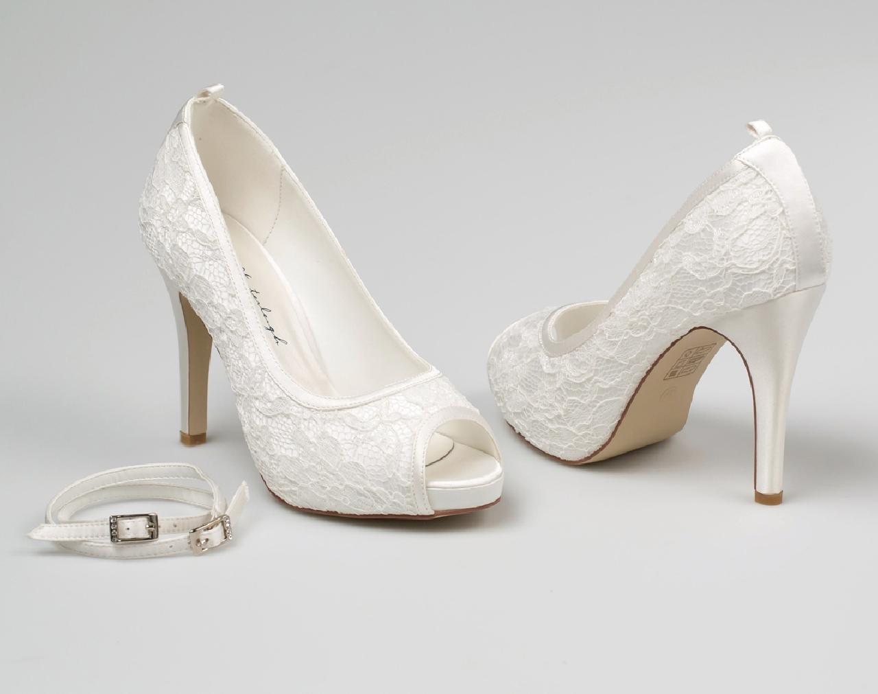 Leila menyasszonyi cipő 856d845eab