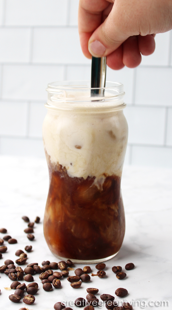 How to make a #whole30 and #paleo iced coffee latte that tastes great