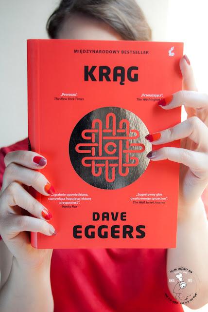 książka polecam wizja przyszłości technologiczny absurd krąg inwigilacja ludzi