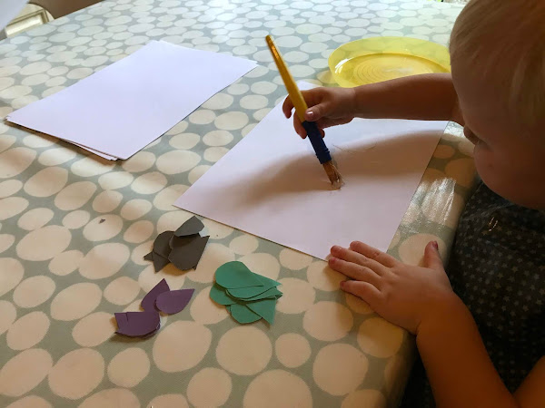 A Raindrop Themed Low Mess Craft Activity For Children