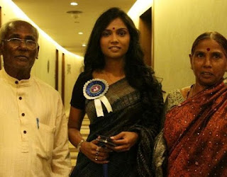 Usha Jadhav Family Husband Son Daughter Father Mother Marriage Photos Biography Profile.