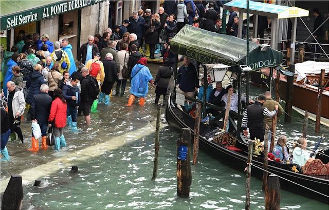 """""""Βυθίστηκε"""" η Βενετία από τις ισχυρές βροχοπτώσεις (βίντεο)"""