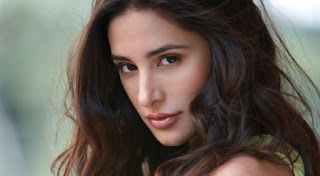 /more-comfortable-in-non-glamorous-roles-nargis-fakhri