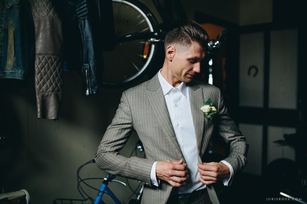 līgavainis BGSuit uzvalks