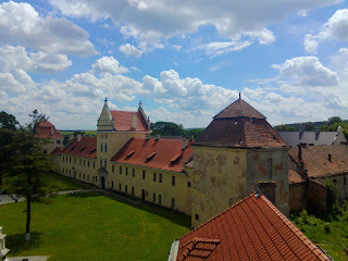Жовква. Площа Вічева. Замок Жолкевського 16-17 ст.