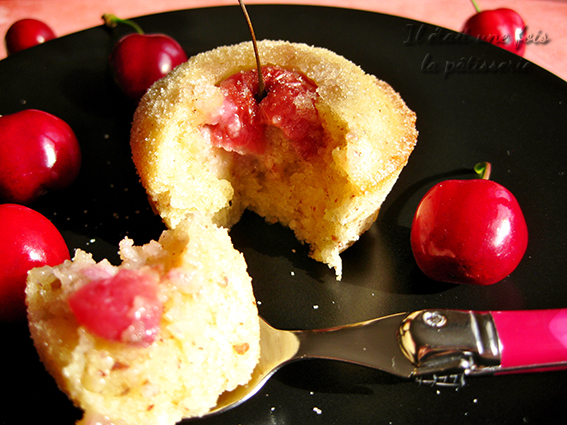 financiers à la cerise