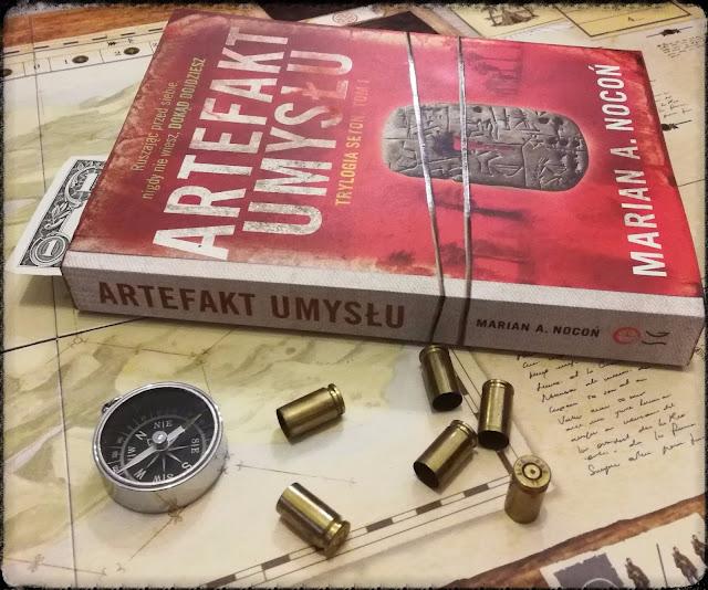 artefakt-umysłu-księgozbiór_recenzja