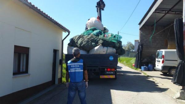 """Operação da Polícia Marítima em Maiorca contra a apanha do """"meixão"""""""
