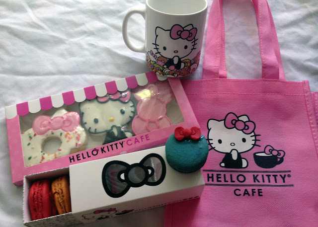 Hello Kitty, cafe, Glendale, cookies, doughnuts, macarons, coffee, cake, food truck, Los Angeles, Irvine