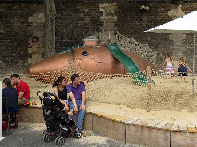 Playground with submarine, Paris-Plages, Pont au Change, Paris